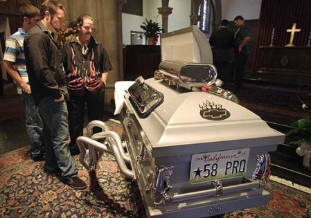 boing-hotrod-casket